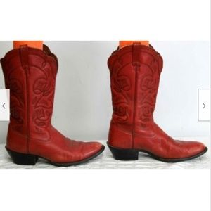 Ariat Shoes - Ariat Womens Boots sz 8.5 W Red Leather 15761 Tuli